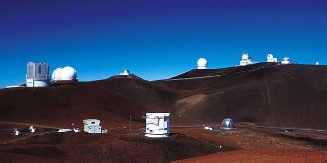 Mauna Kea summit. Image credit: J.-C. Cuillandre (CFHT)